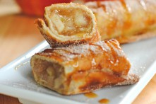Cinnamon Apple Dessert Chimichangas Recipe Thumbnail